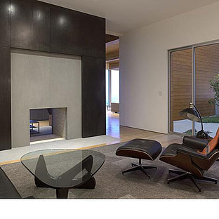 Inspiration for a modern family room remodel in San Francisco