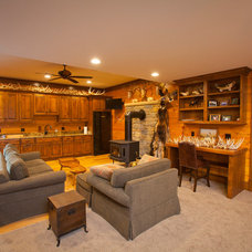 Farmhouse Family Room by Toebben Builders