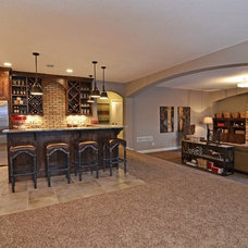 Family Room by Gonyea Homes & Remodeling