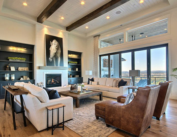The Aurora : 2019 Clark County Parade of Homes : Great Room