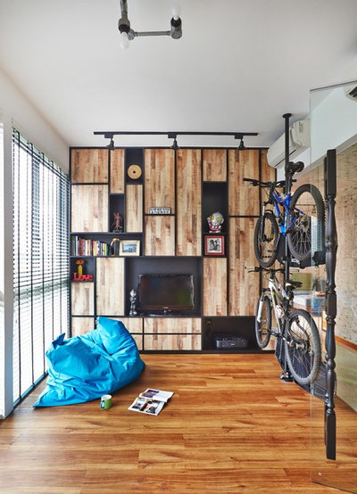 Scandinavian Family  Room by Fuse Concept Pte Ltd