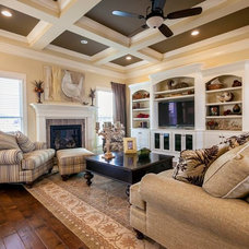 Traditional Family Room by Prestige Builders Inc.