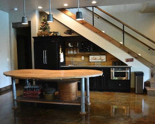210K Kitchen Under Stair Home Design Ideas & Photos | Houzz
