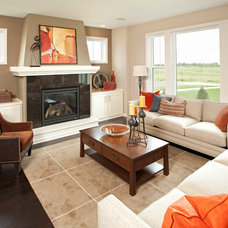 Traditional Family Room by Robert Thomas Homes