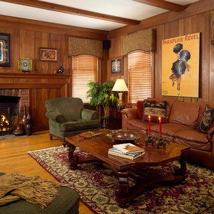 ナッシュビルのおしゃれなファミリールームの写真