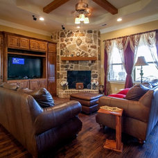Traditional Family Room by Direct Home Design
