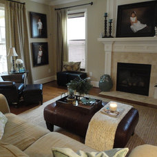 Traditional Family Room Shannon Handley