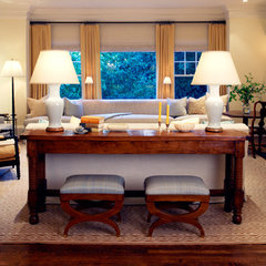 traditional family room by Heather Hilliard Design