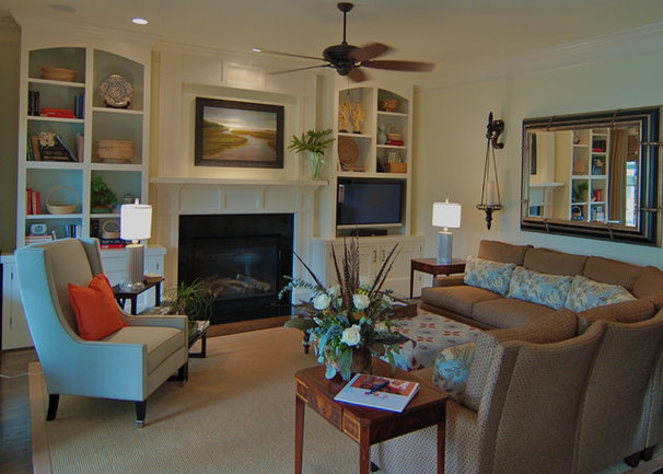 Traditional Family Room by LORRAINE G VALE, Allied ASID