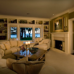 traditional family room by Murphy & Co. Design