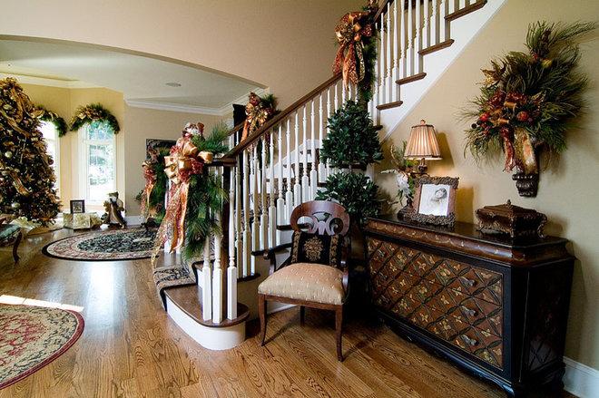 Traditional Family Room by John Hall Custom Homes