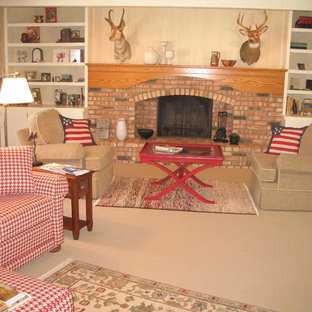 Transitional/Casual Country Space Emphasizing Faux Finished Walls