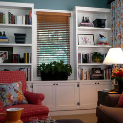 traditional family room by Jennifer Mitchell