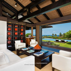 Tropical Family Room by Ethan Tweedie Photography