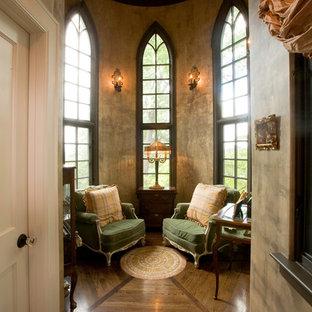 Ispirazione per un soggiorno vittoriano di medie dimensioni con pareti rosa e moquette