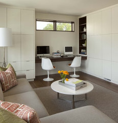 contemporary family room by Charlie Simmons - Charlie & Co. Design, Ltd.