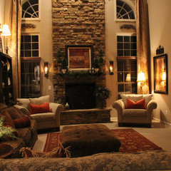 traditional family room by Savvy Seasons