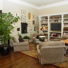 Traditional Family Room by Carlton Oaks