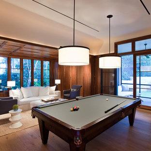 Esempio di un soggiorno chic con sala giochi
