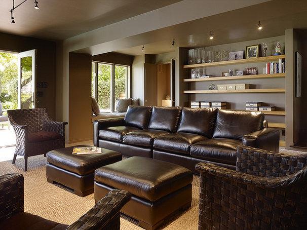 Modern Family Room by V  & Company, Fine Builders