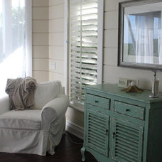 Tropical Family Room by Coffey's Tile & Stone Installation,Inc.
