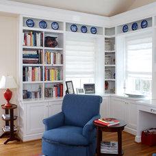Traditional Family Room by AHMANN LLC