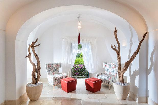 Mediterraneo Salotto by Fabrizia Frezza Architecture & Interiors