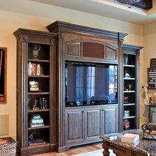 Family Room by Hostetler Custom Cabinetry