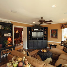 Traditional Family Room by Frozé Design-Build, Inc.