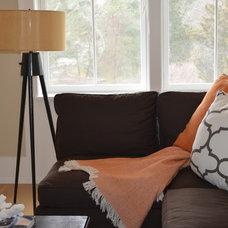 Beach Style Family Room by Kate Jackson Design