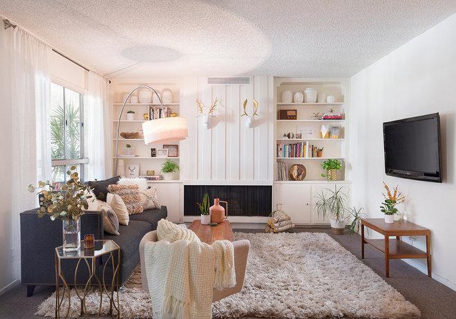 Scandinavian Family Room by WAKE + LOOM  DESIGN