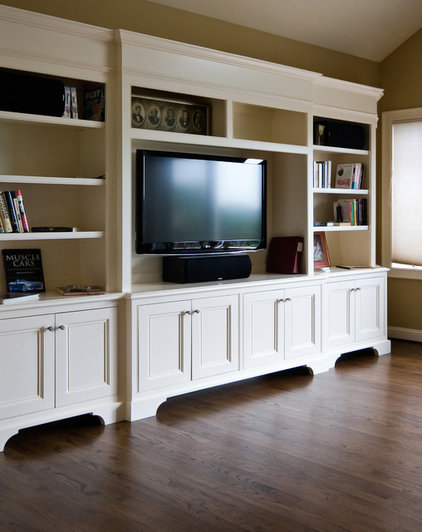 Traditional Family Room by Hostetler Custom Cabinetry