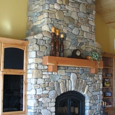 Traditional Family Room by EMERALD STONE MASONRY INC.