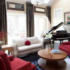 Family Room by Decor & You DC