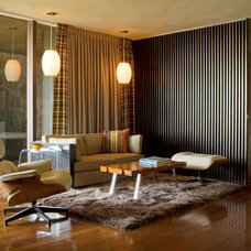 Midcentury Family Room by Kristin Kilmer Design, Inc