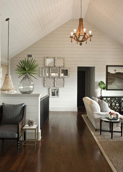 Tropisk Alrum by Brown Glaws Contractors Fine Custom Homes