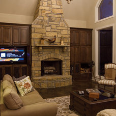 Traditional Family Room by Classically Yours Interiors (CYInteriors)