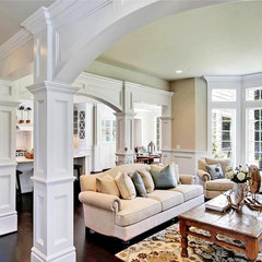 traditional family room by JD Bergevin Homes, Inc.