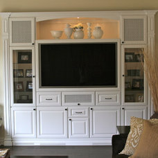 Traditional Family Room by CustomBuilt-ins.com / CFM Company Inc.