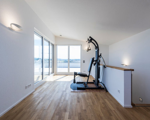 fitnessraum home gym und heim fitnessstudio einrichten houzz. Black Bedroom Furniture Sets. Home Design Ideas