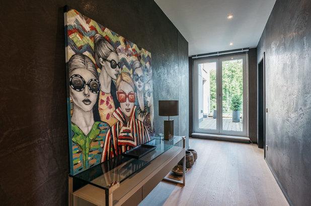 Modern Flur by BRODOWY Exklusive Flächengestaltung