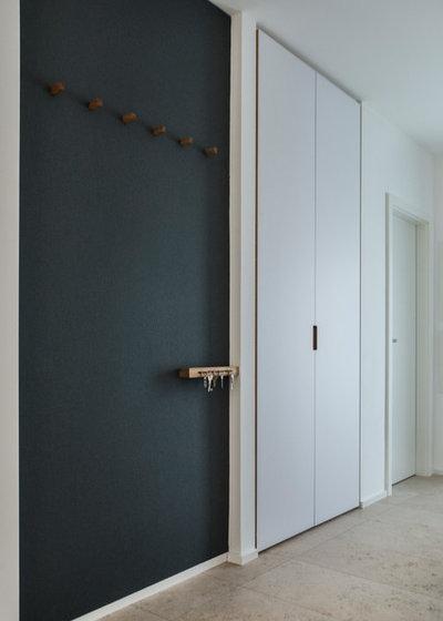 Flur by Alexandra Kiendl  I Architektur