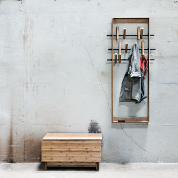 Garderobe COAT FRAME & Sitzbank CORRELATION von We Do Wood