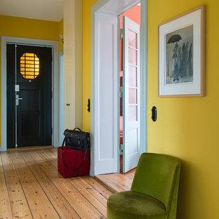 ベルリンのコンテンポラリースタイルのおしゃれな廊下の写真