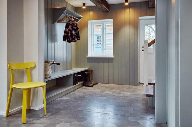 Casa de campo Recibidor y pasillo by grotheer architektur