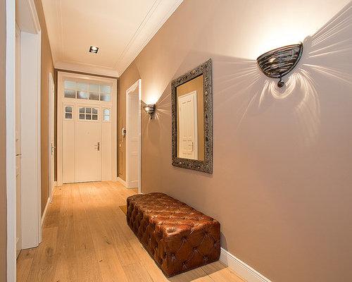 moderner flur mit grauer wandfarbe design ideen bilder beispiele. Black Bedroom Furniture Sets. Home Design Ideas