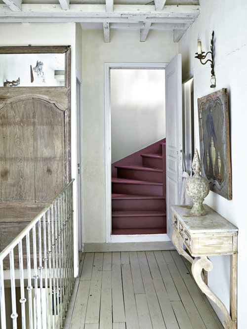 Country hallway and landing design ideas renovations photos for Country hallway ideas