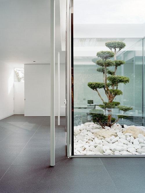 flur mit betonboden ideen f r die flurgestaltung houzz. Black Bedroom Furniture Sets. Home Design Ideas