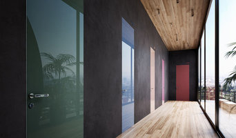 Wandbündige Türen, Oberfläche lackiertes Glas, Türdrücker Olivari chrom
