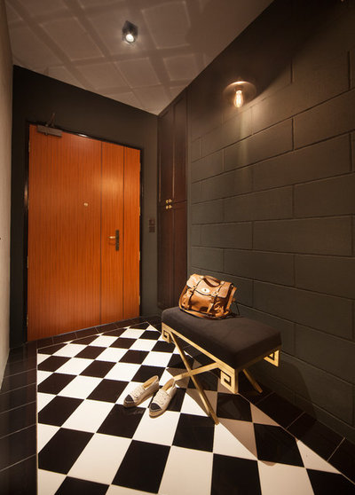 Contemporary Entrance by The Scientist Pte Ltd